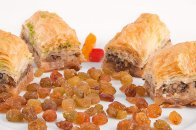 Baklava with raisins
